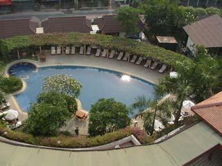 ホテルの窓から March 2002 撮影