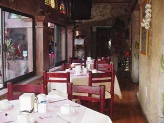 レストラン2 Junuary 2003 撮影