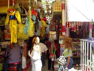 写真 市場 Junuary 2003 撮影