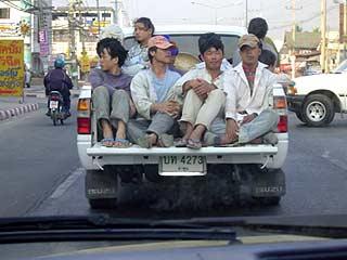 道路の様子 Junuary 2004 撮影