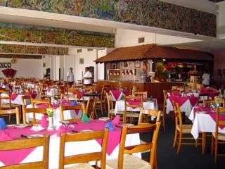 Monte Taxcoのレストラン May 2004 撮影