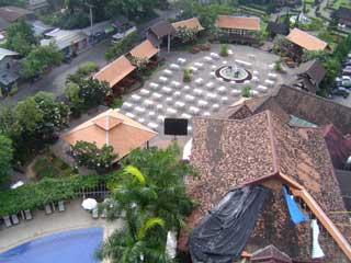 「MAE PING HOTEL」からの風景 October 2004 撮影
