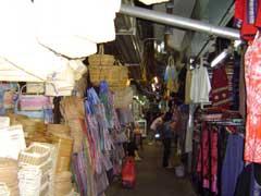 写真 市場風景 October 2004 撮影