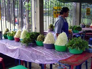 露天の店 April 2005 撮影