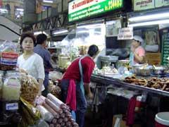 写真 市場の様子 April 2005 撮影