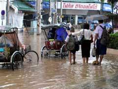 写真 水浸しの街中の風景 September 2005 撮影