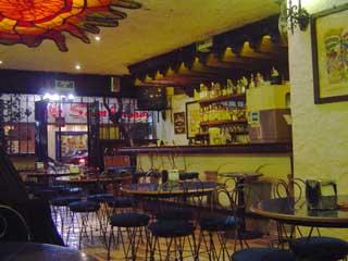 シティのレストラン January 2006 撮影